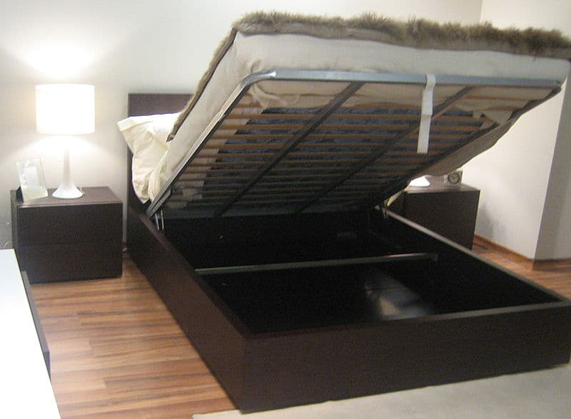 Del Mar Storage Bed